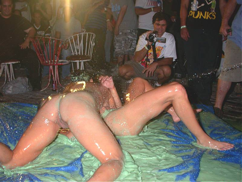 Nudes mud wrestling